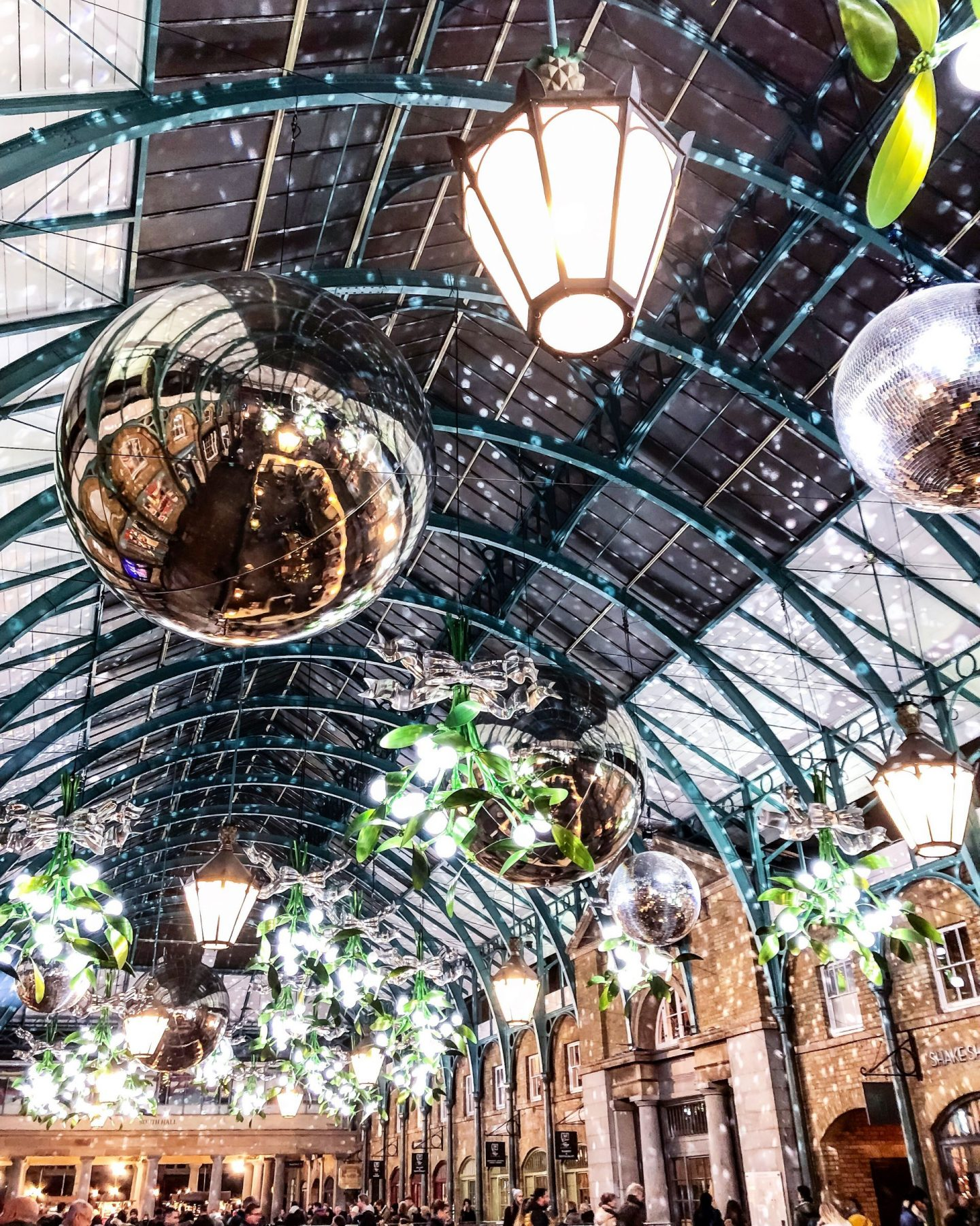 Ultimate Guide to London this Christmas 2019